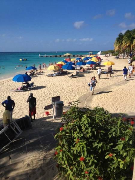 Montego-beach