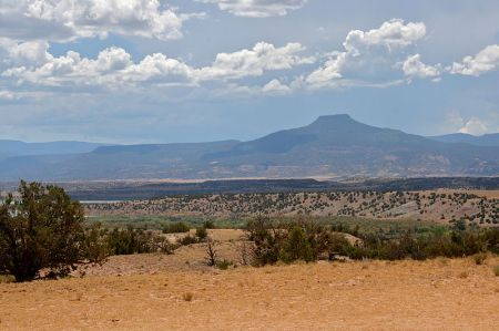 Pedernal Mountain, view from Ghost Ranch, NM