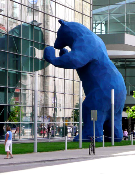 Blue Bear Sculpture, Lawrence Agent, 2005, Denver Convention Center